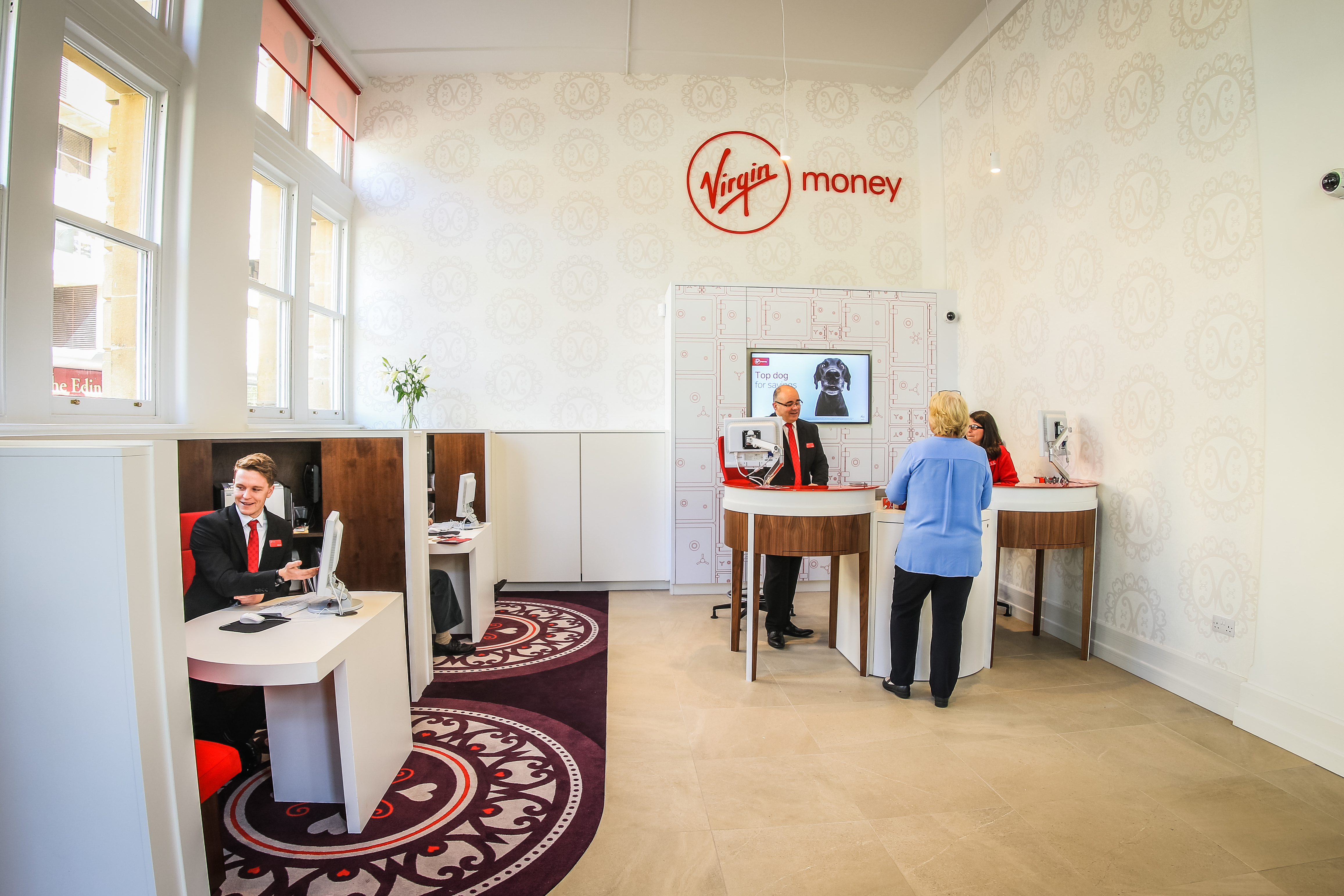 MoneyLoungeLensCorrection-2
